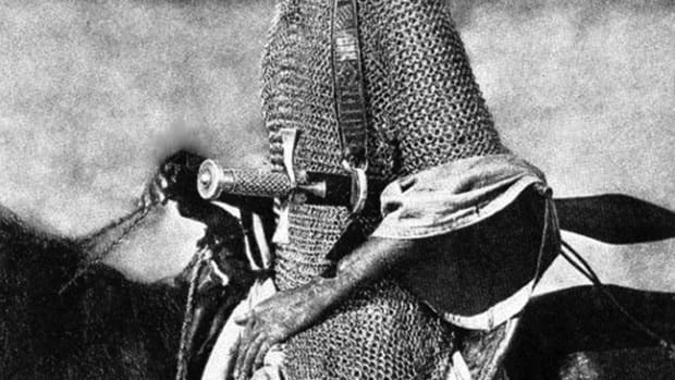 "A Mahdi ""knight"" in a period photograph shows the mounted warrior in full chain mail, and armed with an ornate kaskara."