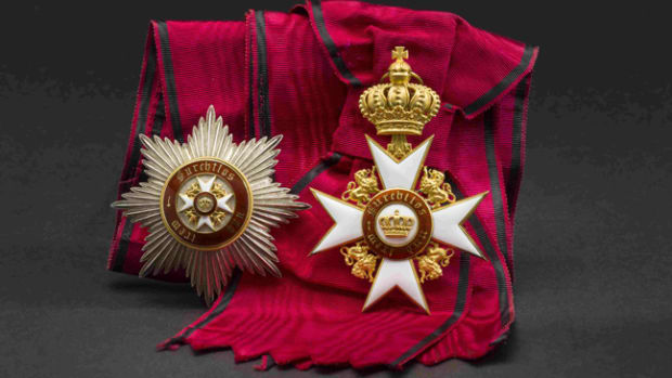 Wilhelm Freiherr von Leonrod – A Grand Cross set of the Bulg. Order of St. Alexander.HP: 34000 Euros