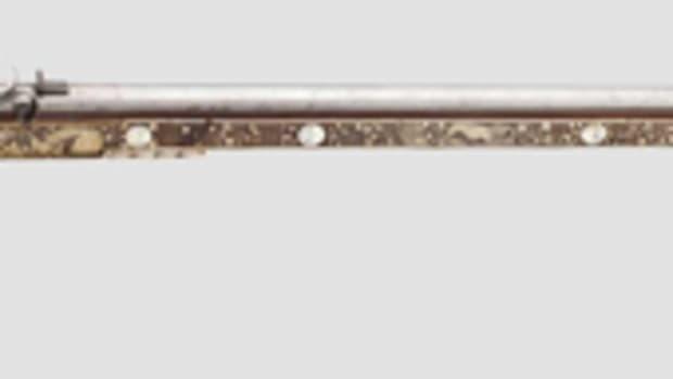 Wheellock rifle (Tschinke), brass and mother-of-pearl inlays, Cieszyn, 1650. HP: 13500 Euros