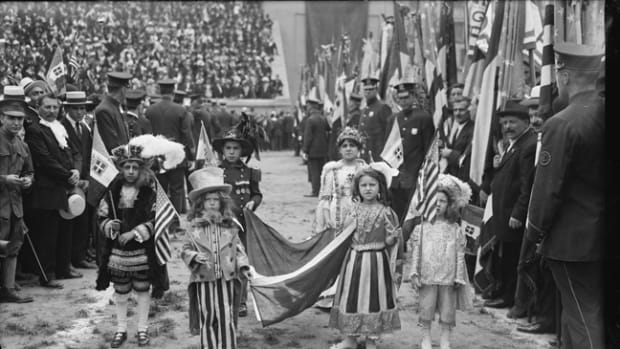 Children dressed in costume honored Prince Ferdinando of Udine, head of the Italian War Commission to the United States, at a ceremony in Lewisohn Stadium at the College of the City of New York, June 23, 1917. Library of Congress Flickr Commons project, 2015