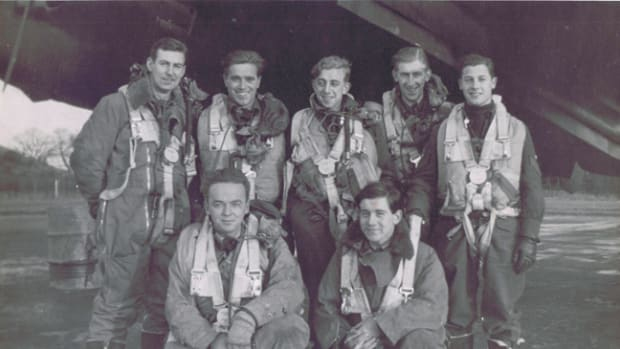WWII Canadian Halifax Bomber crew from 431 Bomber Squadron, RCAF.
