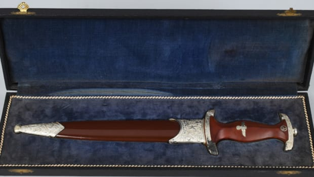 Top lot of the sale: rare, cased 1939 German SA presentation dagger with E.F. Horster Damascus blade sold for $66,000 against a pre-sale estimate of $15,000-$20,000