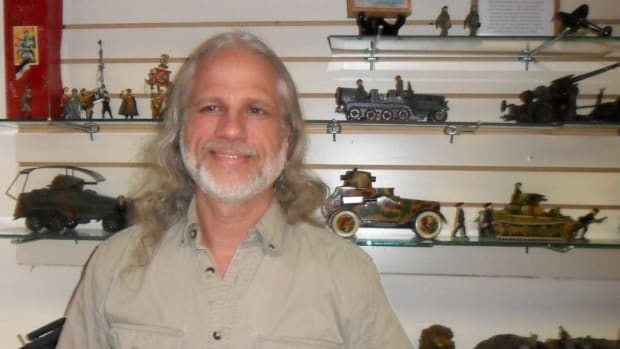 """ndrew H. Lipps. is one of the leading dealers in WWI, WWII, Korean, and Vietnam militaria under the banner of """"Wartime Collectables Military Antiques."""" Some may not know, however, he is also a prolific author and collector, specializing in wings, insignia, and vintage toys."""