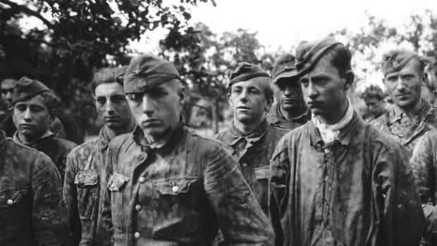 german_prisoners_ss-panzerdivision_totenkopf