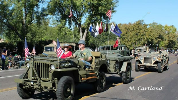 2014 Phoenix Veteran's Day Parade.