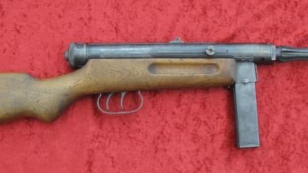Beretta Model 38/42 9mm Submachine gun $13,200