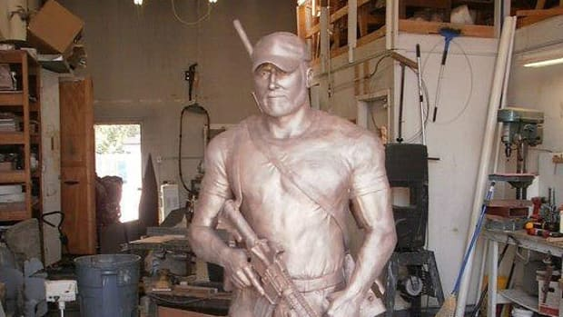 Front view of Chris Kyle statue.