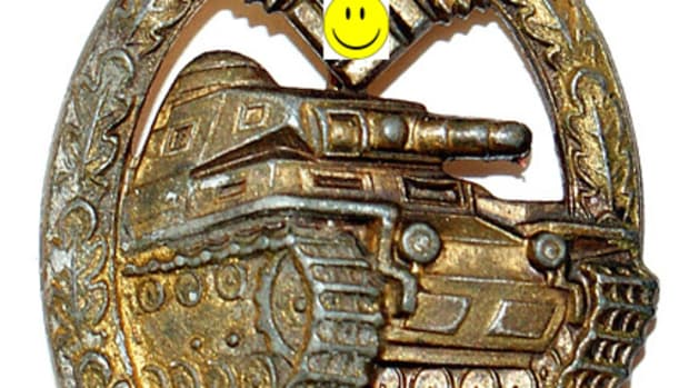 B-097 German WWII Panzer BadgeHappy Face