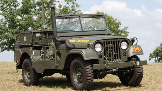 MRC-87 USMC Forward Air Control Jeep