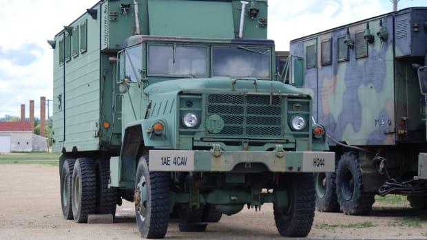 M934 5-ton Expansible Van 6x6