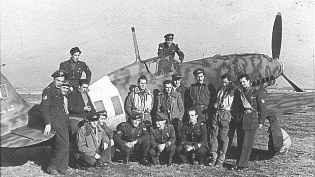 Italian pilots and crew from the I Gruppo Caccia stationed at Campoformido, January 1944.