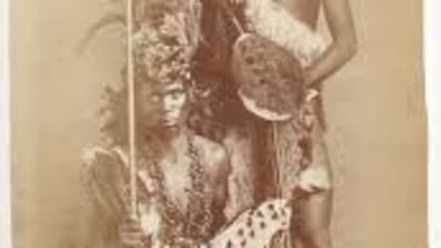 Carte de visite (CDV) Photo Two Zulu Warriors with Shield and Spears, South Africa, ca. 1870