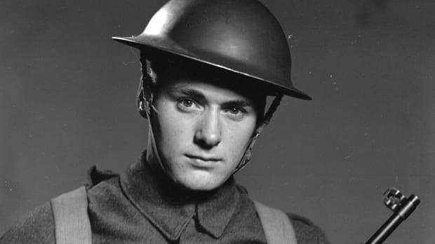 Canadian soldier wearing the MK II helmet.
