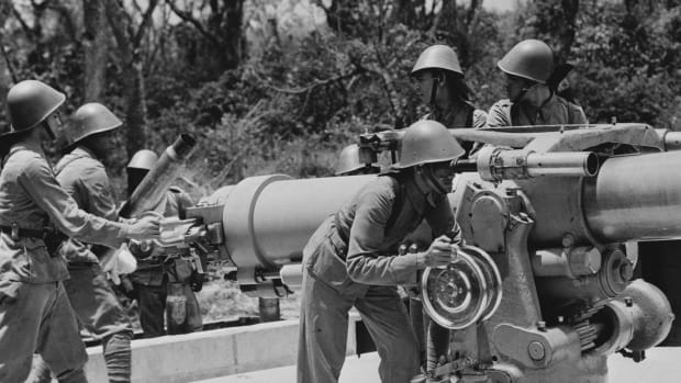 KNIL soldiers from Surinam and the Antilles were deployed against Japan in the Dutch East Indies. Many of them were taken prisoner of war.