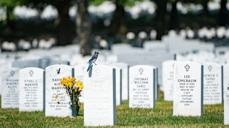 Veterans can choose religious symbol for their tombstones