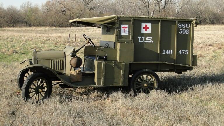"""WW1 """"Tin Lizzie"""" hospital wagon"""