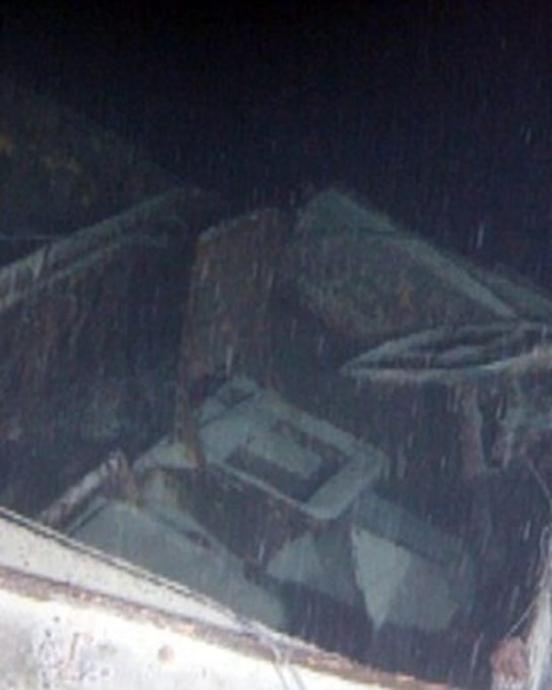Screen grab showing the driver's compartment of the submerged DUKW.