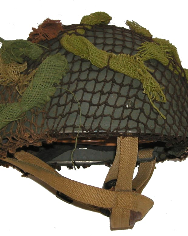 "The helmet worn by the infamous ""Red Devils"" and other paratrooper regiments of the British Army during the Second World War, and into the post-war years."
