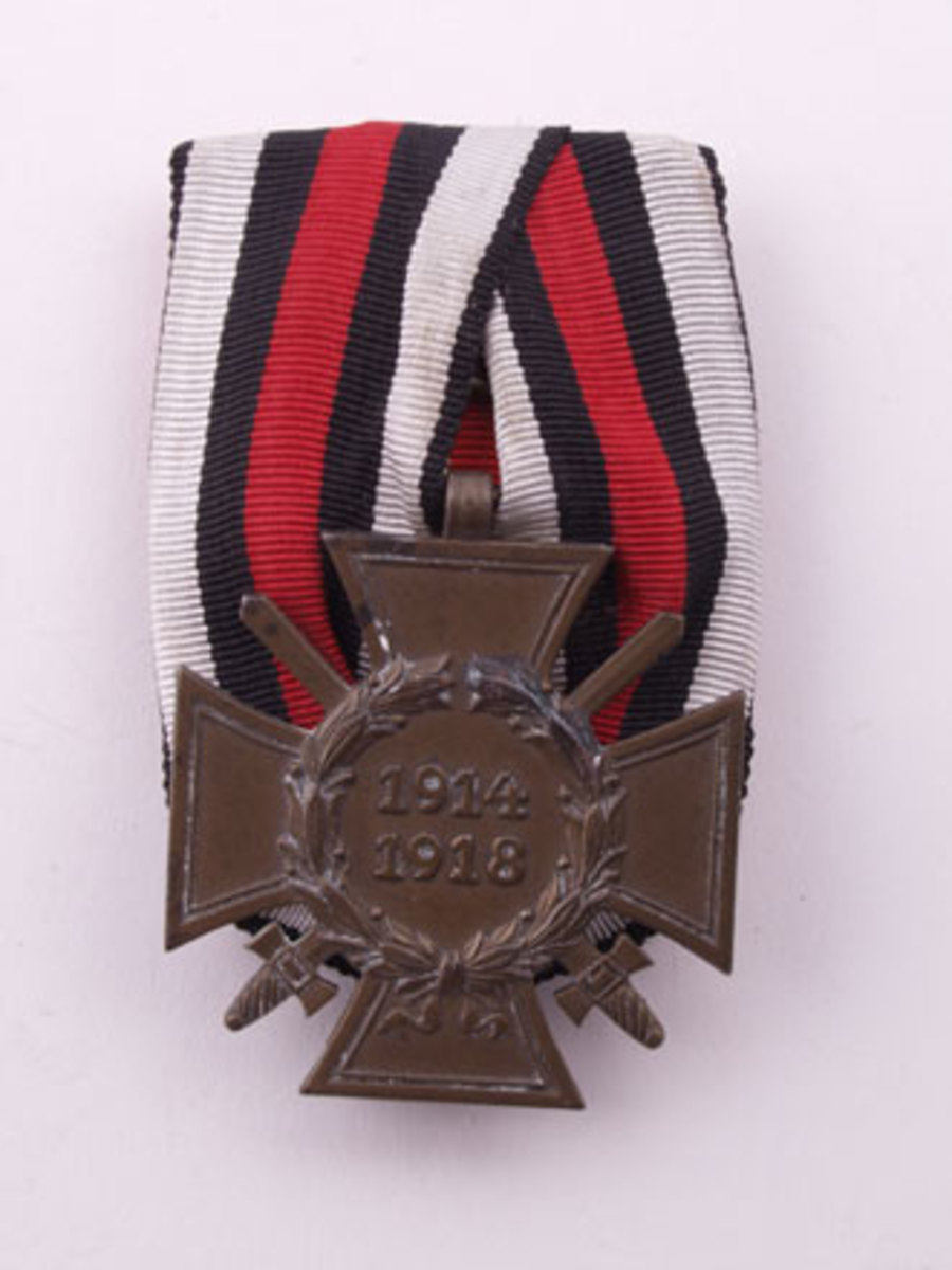 Cross of Honor Medal for Combatants on parade bar mount. www.AdvanceGuardMilitaria.com