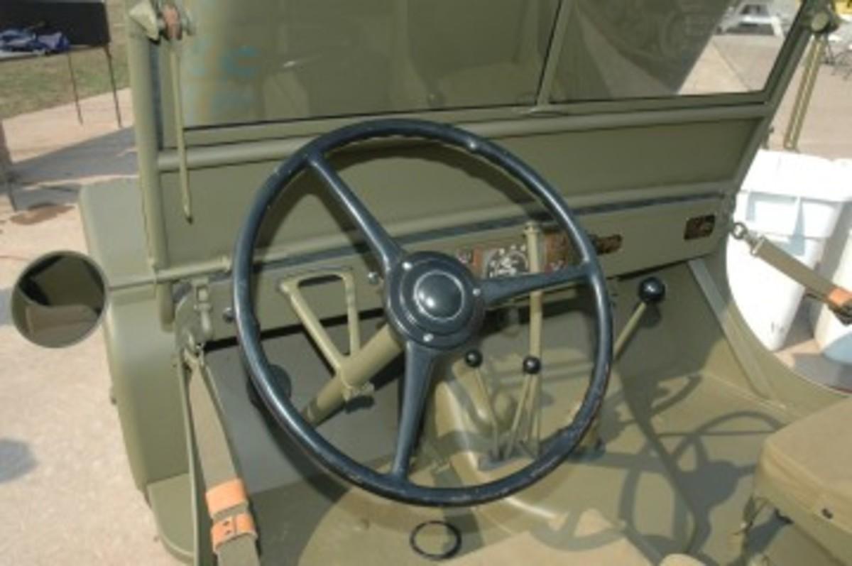 maintPlastic Steering wheel.jpg