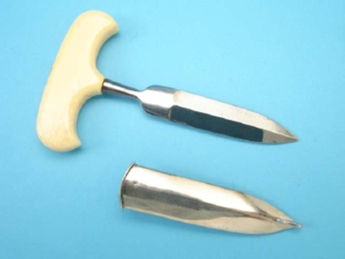 GM lot 74 push dagger.jpg