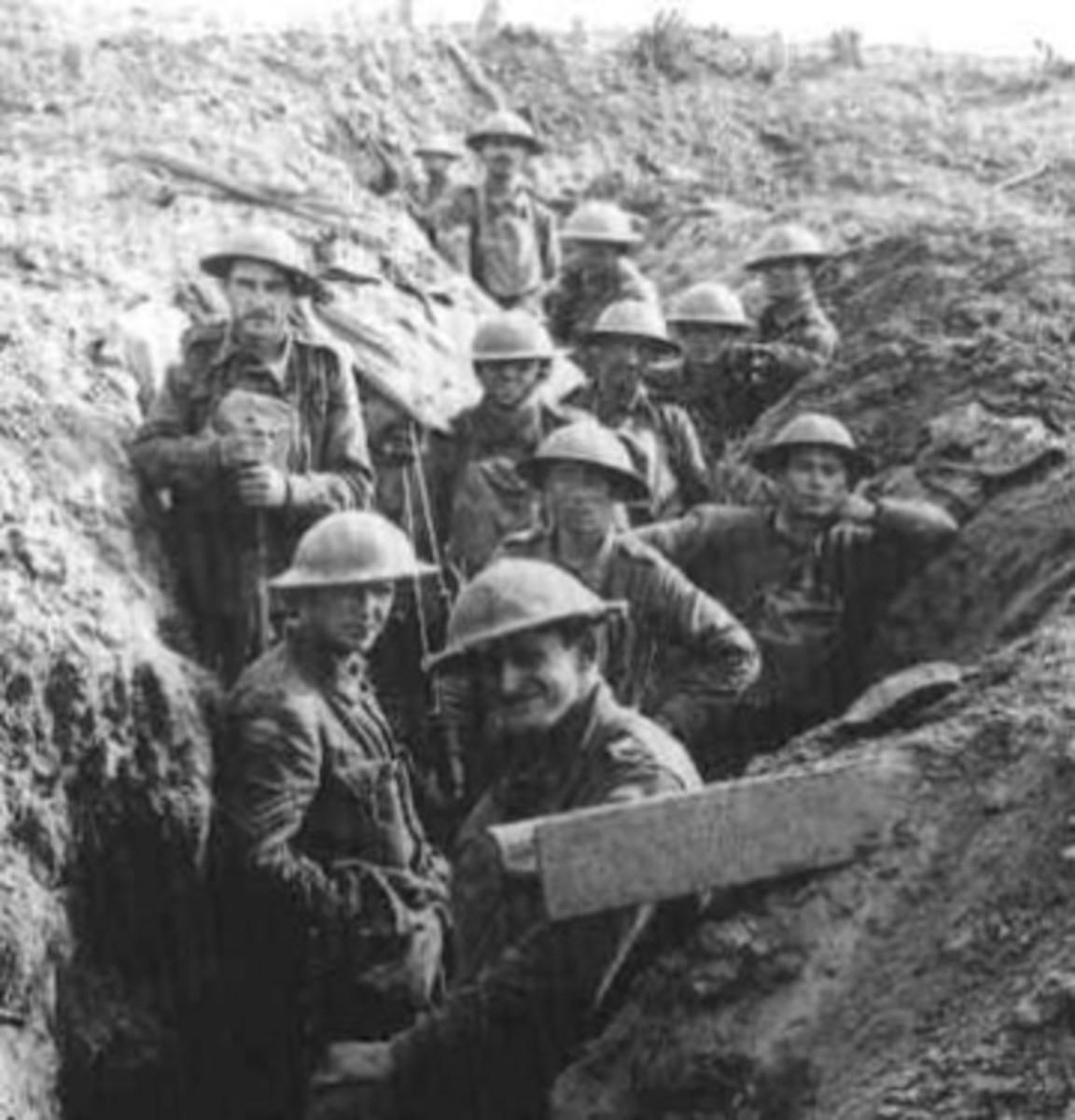 British_Troops_at_Ypres_1917.jpg