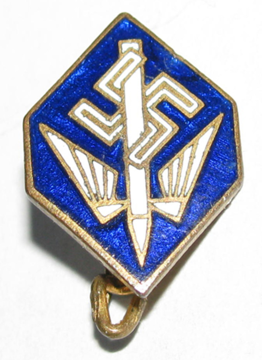 The Union members did not wear a specific uniform. Instead, they wore a membership pin on civilian attire. With only 6,000 members by 1940, the Stenographers' Union pin is one of the more rarely encountered Third Reich membership pins.