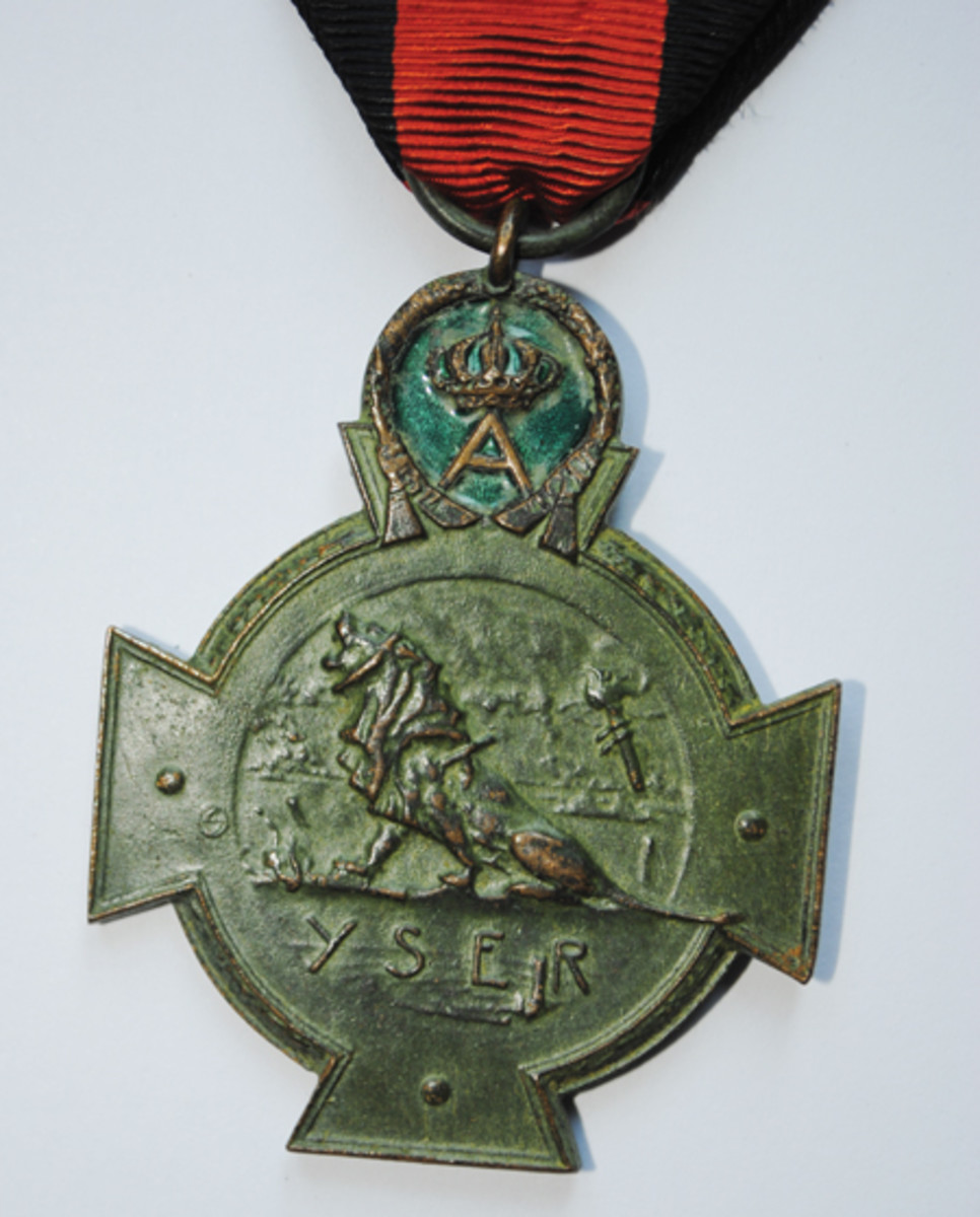 The reverse of the Yser Cross showing better quality of manufacturing and the detail is more defined.