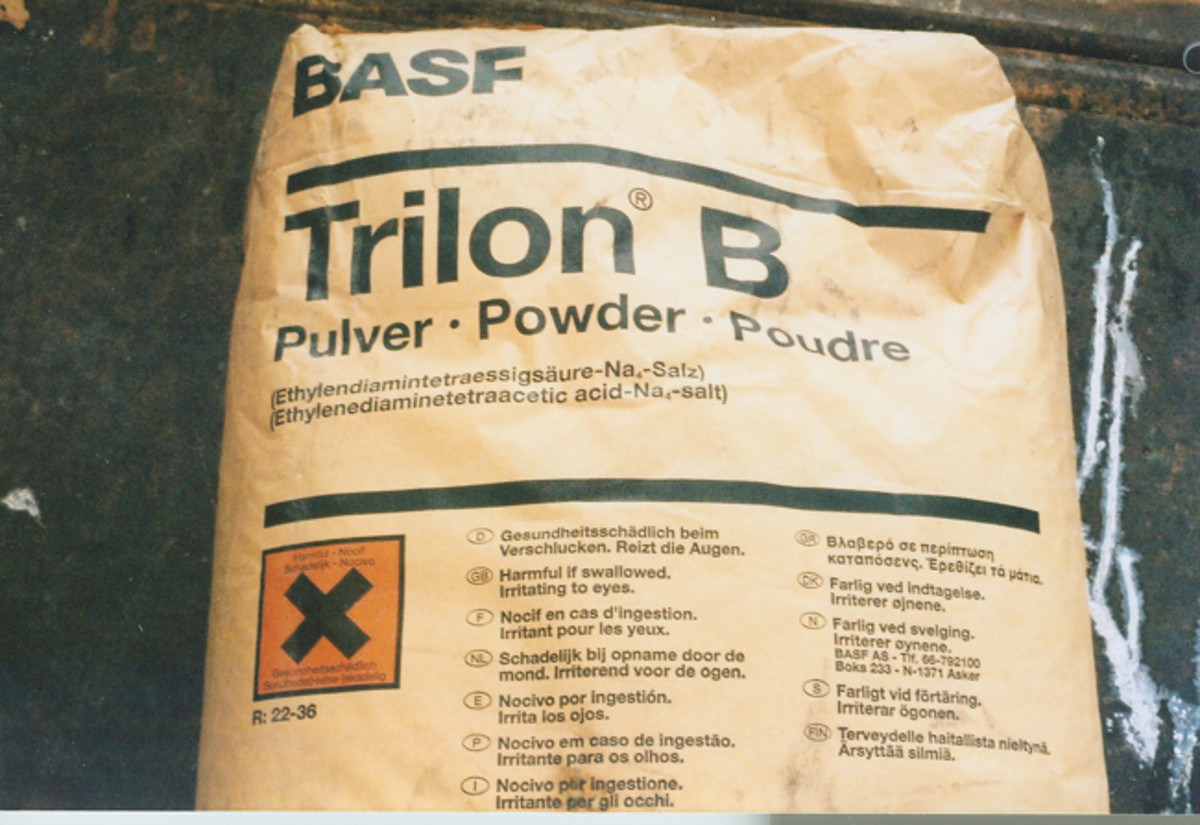 EDTA, ethylenediaminetetraaceticacid tetrasodium salt, is customarily supplied in 100 lb. bags. As seen here, the chemical is known by various trade names, BASF refers to their product as Trilon B.
