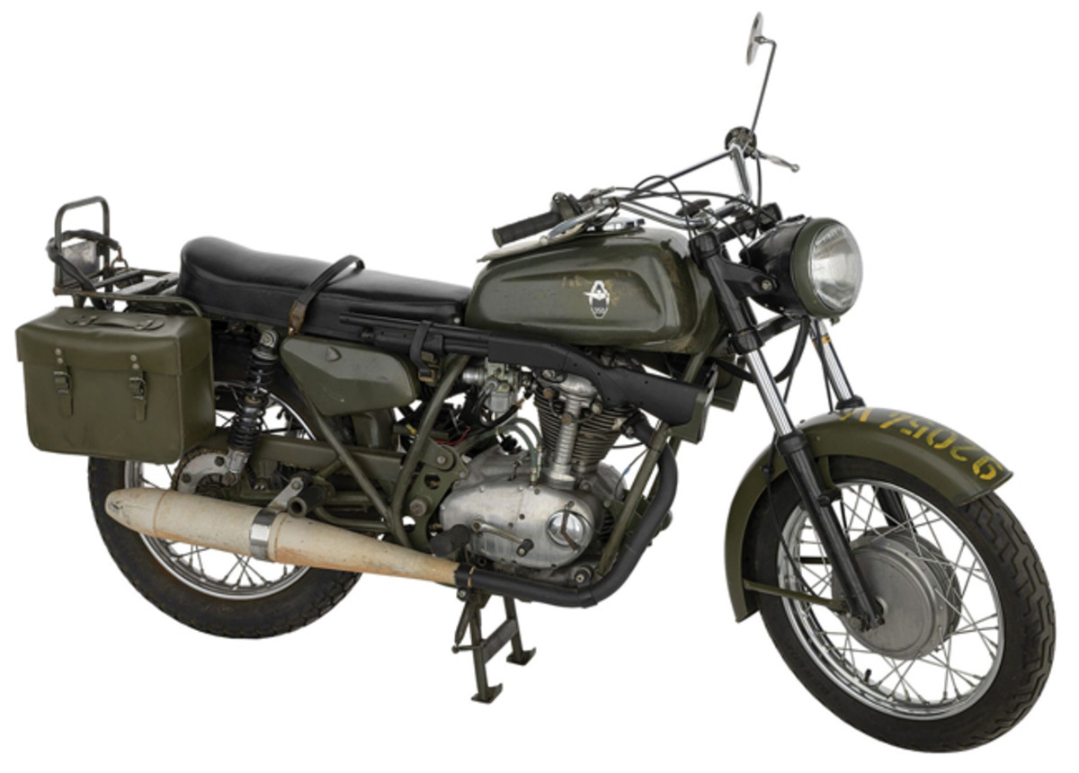 Lot 1428: Swiss Condor A350 Motorcycle. Sold for $3,738