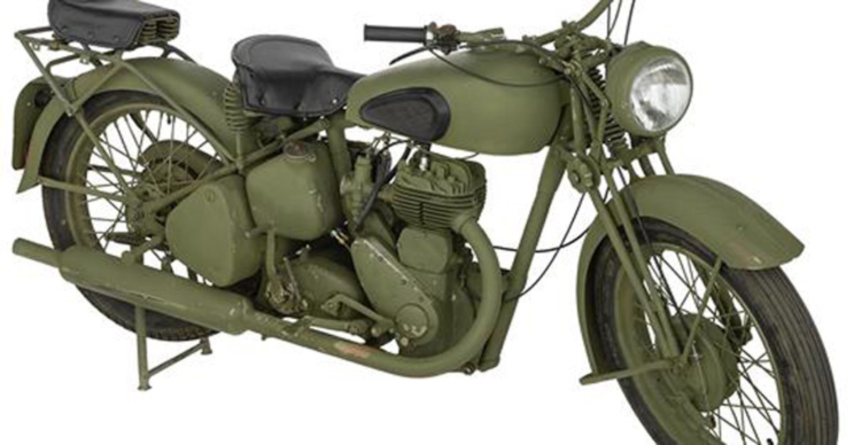 Lot 1427: World War II Birmingham Small Arms Company M20 Motorcycle. Sold for $8,625