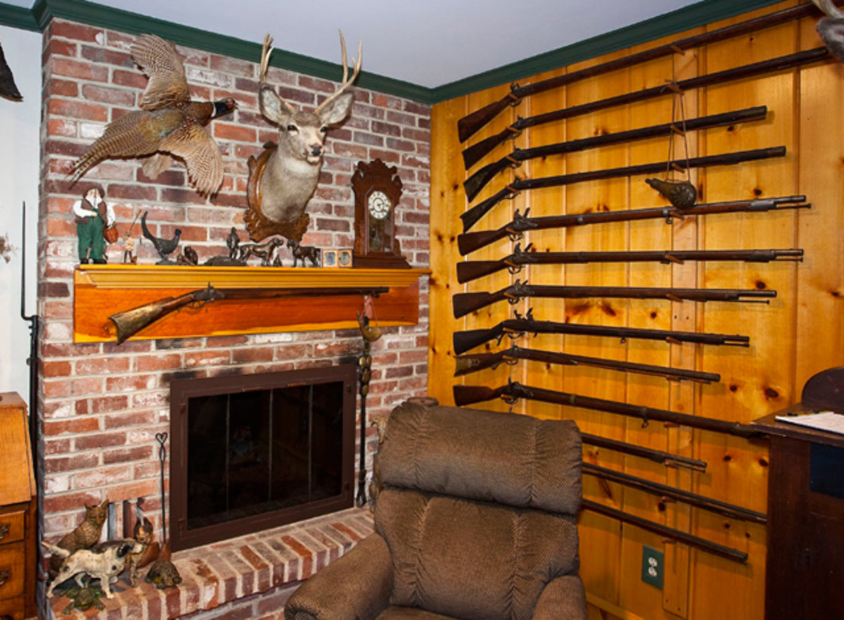 Antique Rifles and Collectibles (Estate of Ernest P. Hoppes)