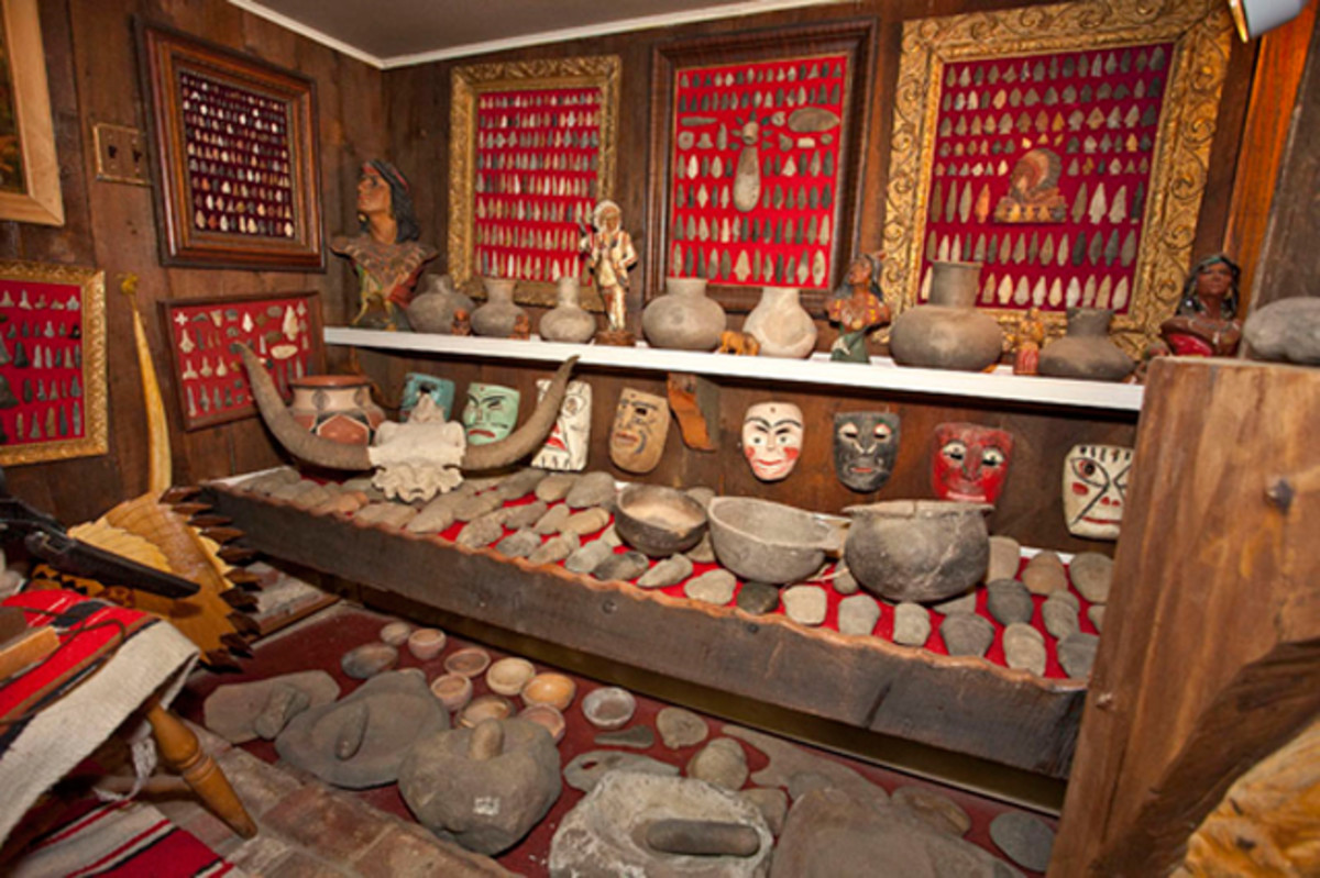 Native American Stone Tools and Pottery (Estate of Ernest P. Hoppes)