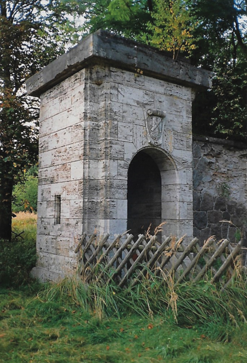 This was an entrance portal that was still standing when the contractor arrived at the old Göring Karinhall site.