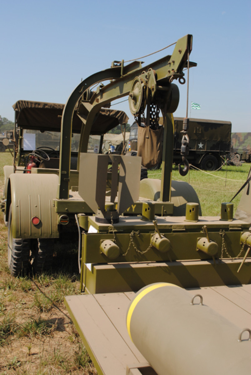 The GTBC showing the hoist rig for lifting bombs from the M5 trailer. The hoist fitted to the GTBC version of the Burma Jeep used for handling bombs when loading aircraft.