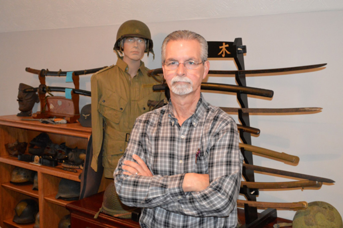 Ed Hicks has been a dedicated militaria collector specializing in Japanese Samurai swords, armor, and artwork as well as U.S. Airborne and U.S. Special Forces artifacts for more than 40 years. For the past 27 years, ye has been in business as a full-time military antiques dealer.