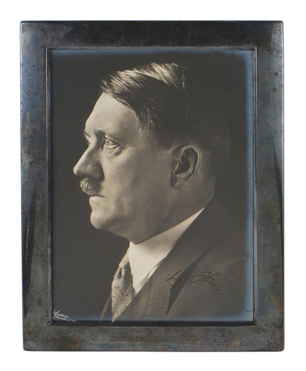 Hitler-photo