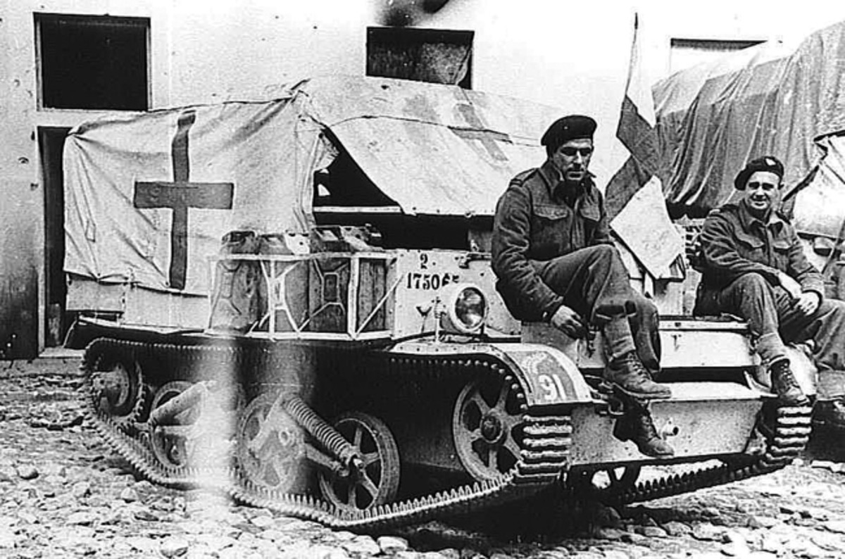 As with the U.S. Jeep, the British Universal Carrier's small size, low profile, and capabilities in rough terrain made it well suited as a front-line ambulance.