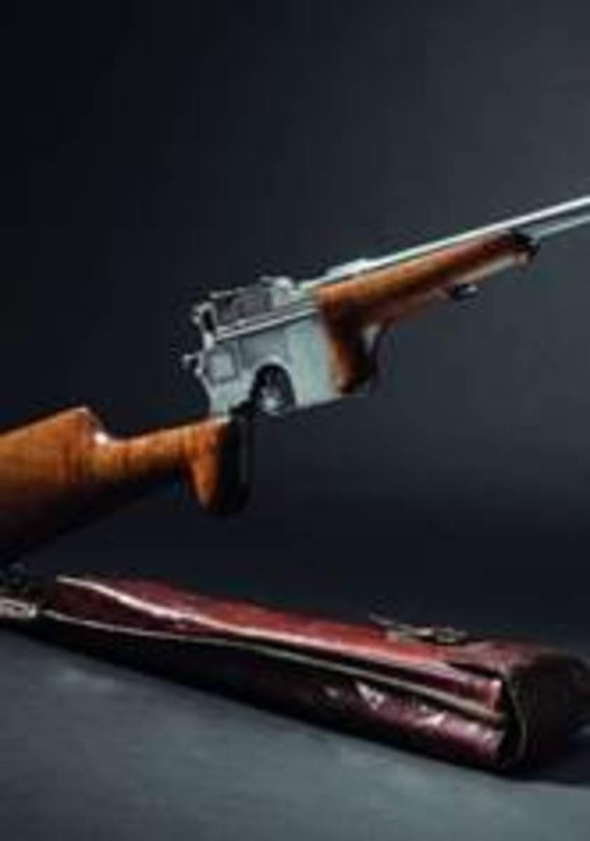Original long-barrelled Mauser C 96, self-loading hunting carbine, circa1905. HP: 28000 Euros