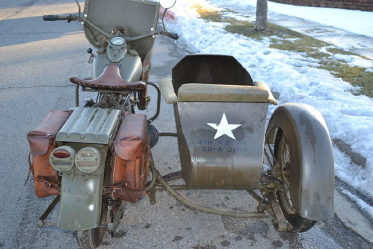 1942 WWII Harley Davidson Motorcycle
