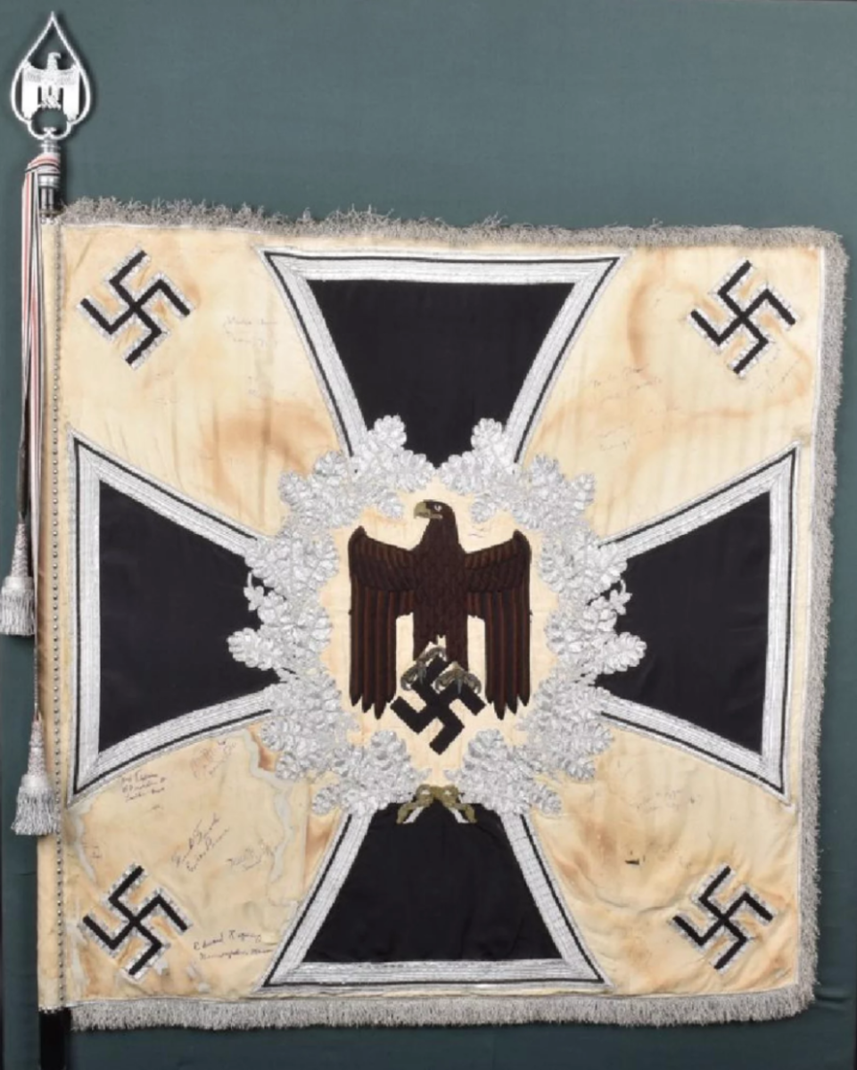 https://www.liveauctioneers.com/item/58862785_wwii-german-captured-infantry-battalion-standarte German Nazi infantry battalion standarte captured by US soldiers in 1945, 50 x 50in. Provenance: Hermann Historica 2003.