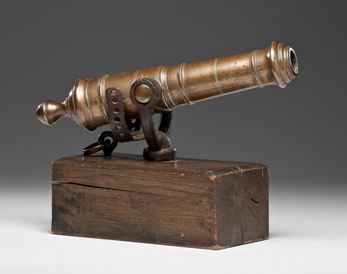 Brass Swivel Gun Cannon French and Indian War Era. Top of cannon reads in block letters Tpyke B. Water, Fecit with King George III royal cypher. (Estimate $8,500-$10,000)