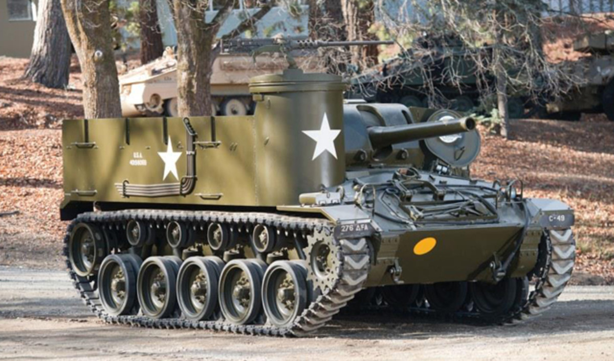 M37 105mm Howitzer Motor Carriage (© 2014 Courtesy of Auctions America)