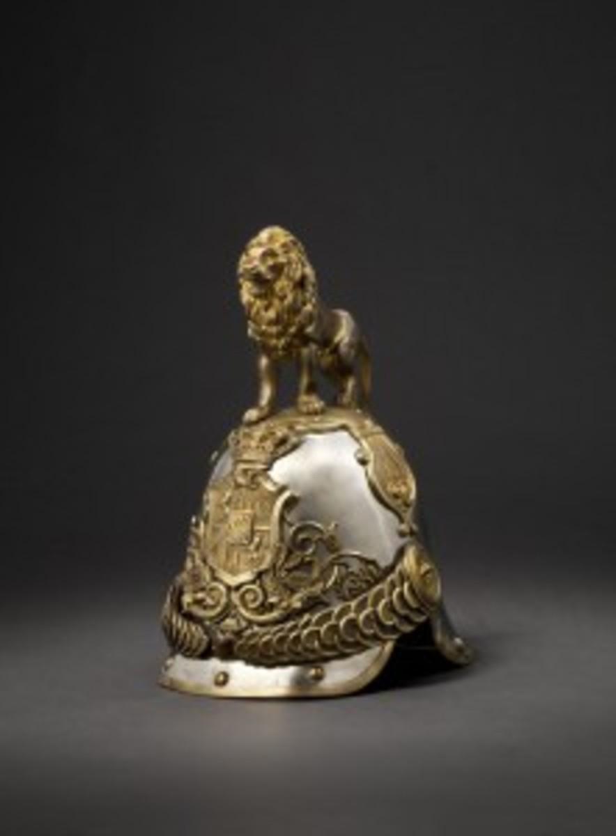A helmet M1852 of the Royal Bavarian Hartschiere Life Guards. Starting bid: 9000 Euros