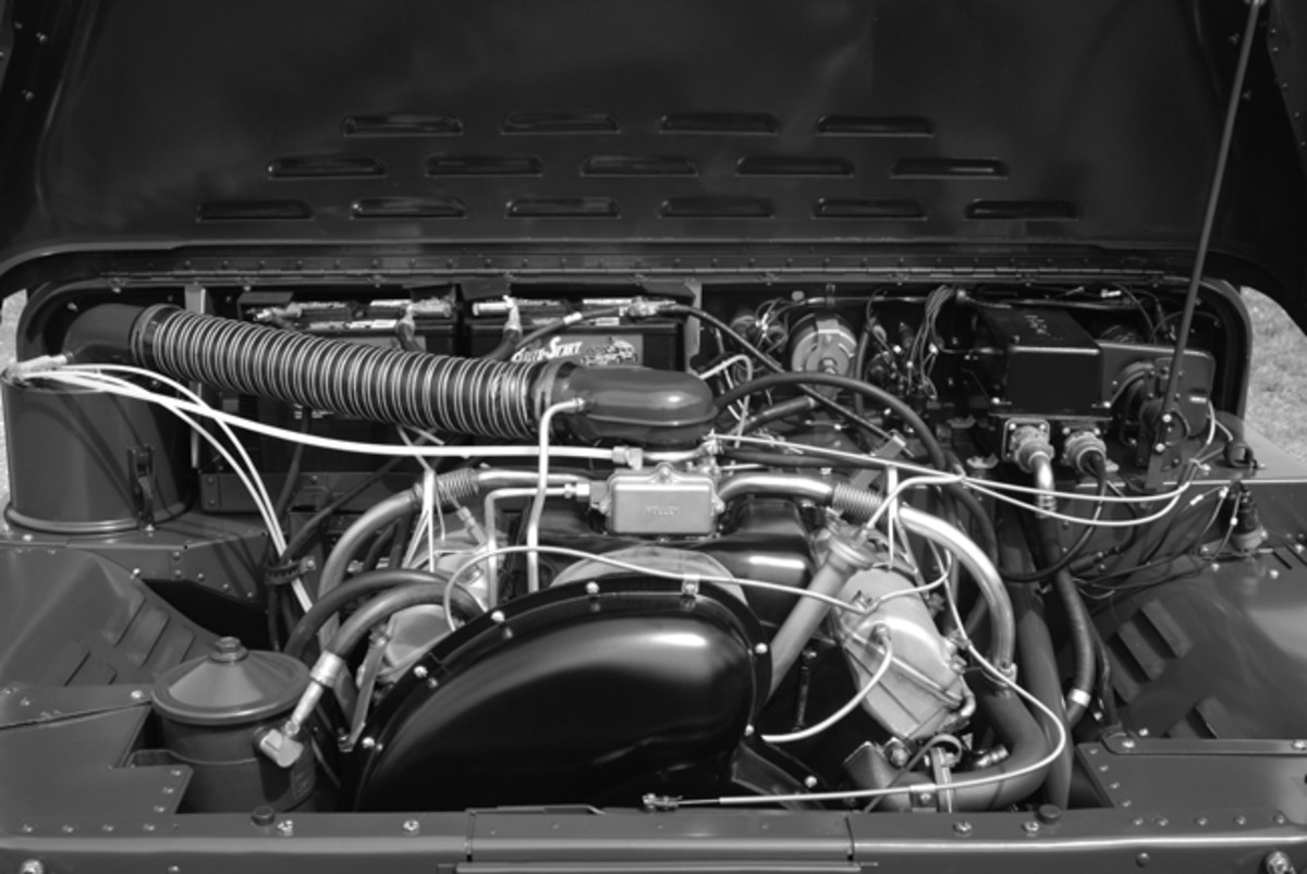 The 107.8 cu. in. AV-108-4 engine creates 55 horsepower at a (governed) 3,600 rpm. John Adams-Graf photo