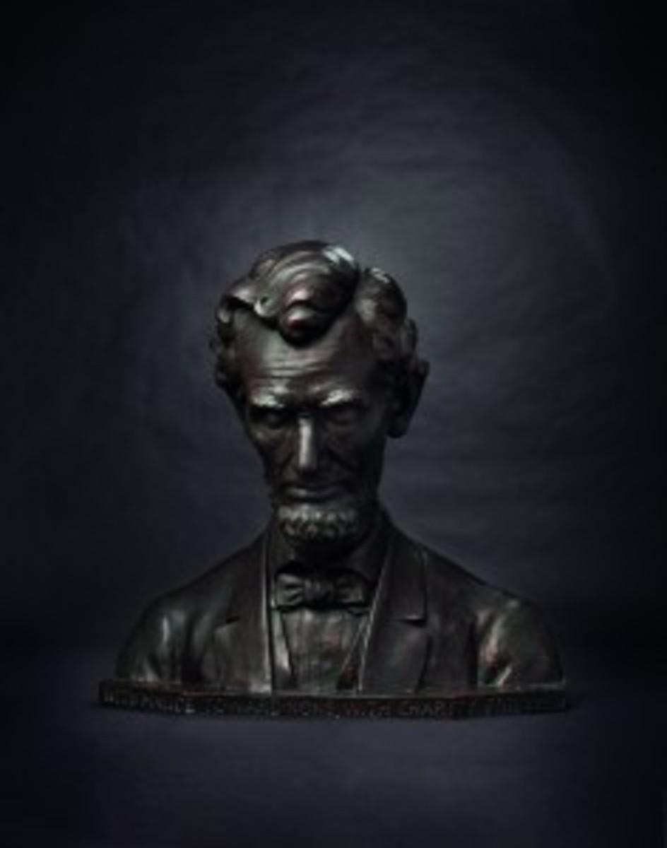 Abraham Lincoln – larger-than-life bronze bust, circa 1939 by Joseph Kapfenberger. Starting bid 12000 Euros