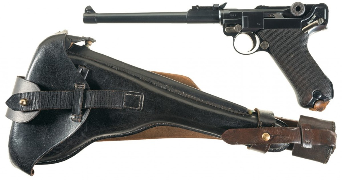 LOT2582-DWM 1914 Dated Artillery Luger Semi-Automatic Pistol with Accessories
