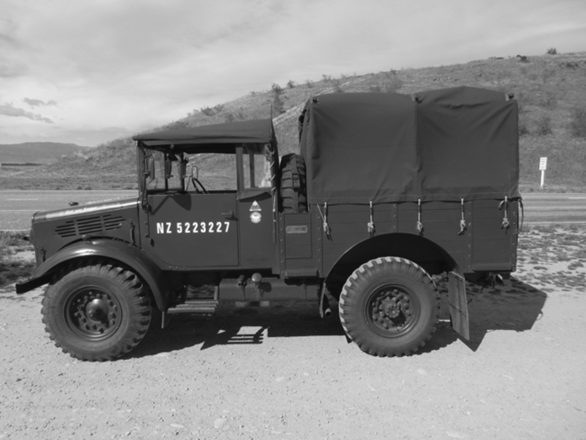 Mike Edridges's 1944 Bredford MW, a veteran of the last 3 MVPA convoys.