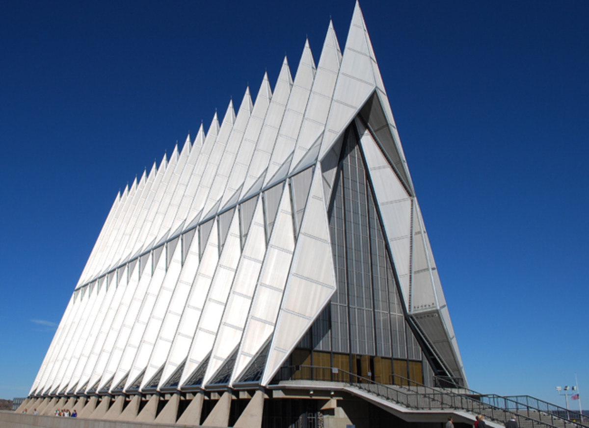 US_Air_Force_Academy_Chapel