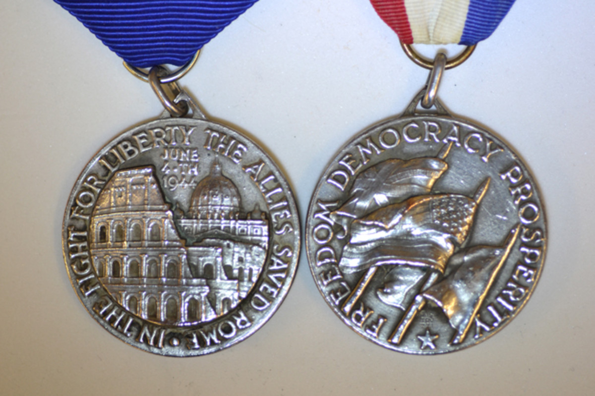 The obverse and reverse of the Type 1 Rome Liberation Medal show a unique design in the Rome Liberation Medal. This is the most commonly found version.